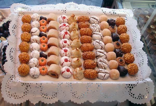 10 dulces típicos de España, Panellets - Gastroidea.com